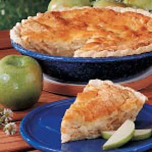 Macaroon Apple Pie