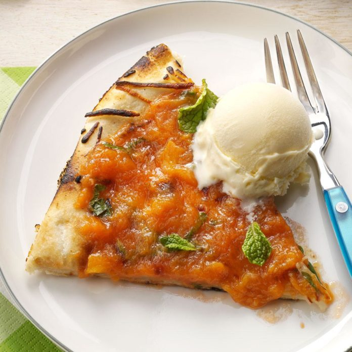 Peachy Dessert Pizza
