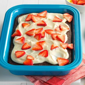 Cola Cake with Strawberries & Cream