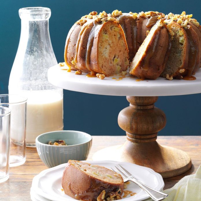 Caramel Apple Coffee Cake with Walnuts