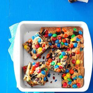 Loaded M&M Oreo Cookie Bars