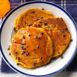 Pumpkin-Chocolate Chip Pancakes