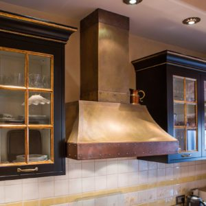 How to Clean a Range Hood That's All Greasy and Dusty