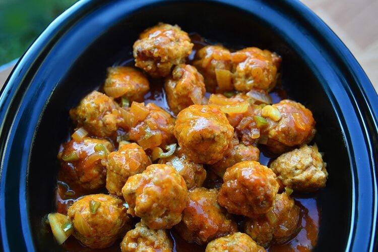 Buffalo turkey meatballs