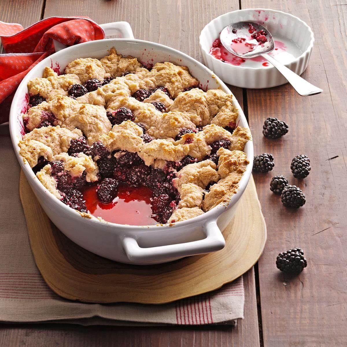 Blackberry Dessert Recipes: Summer Blackberry Cobbler Recipe