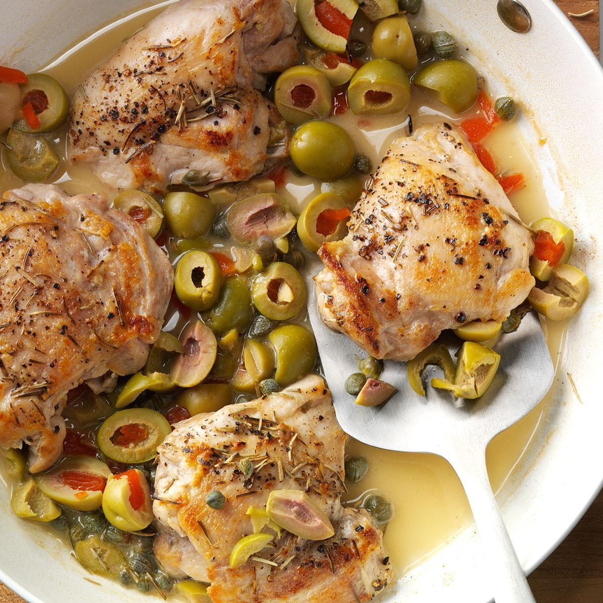 Skillet Chicken with Olives