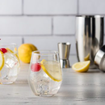 What's the Difference Between Tonic, Club Soda and Seltzer?