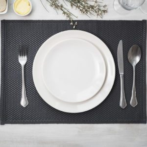This Simple Trick Helps You Set the Perfect Table Every Time