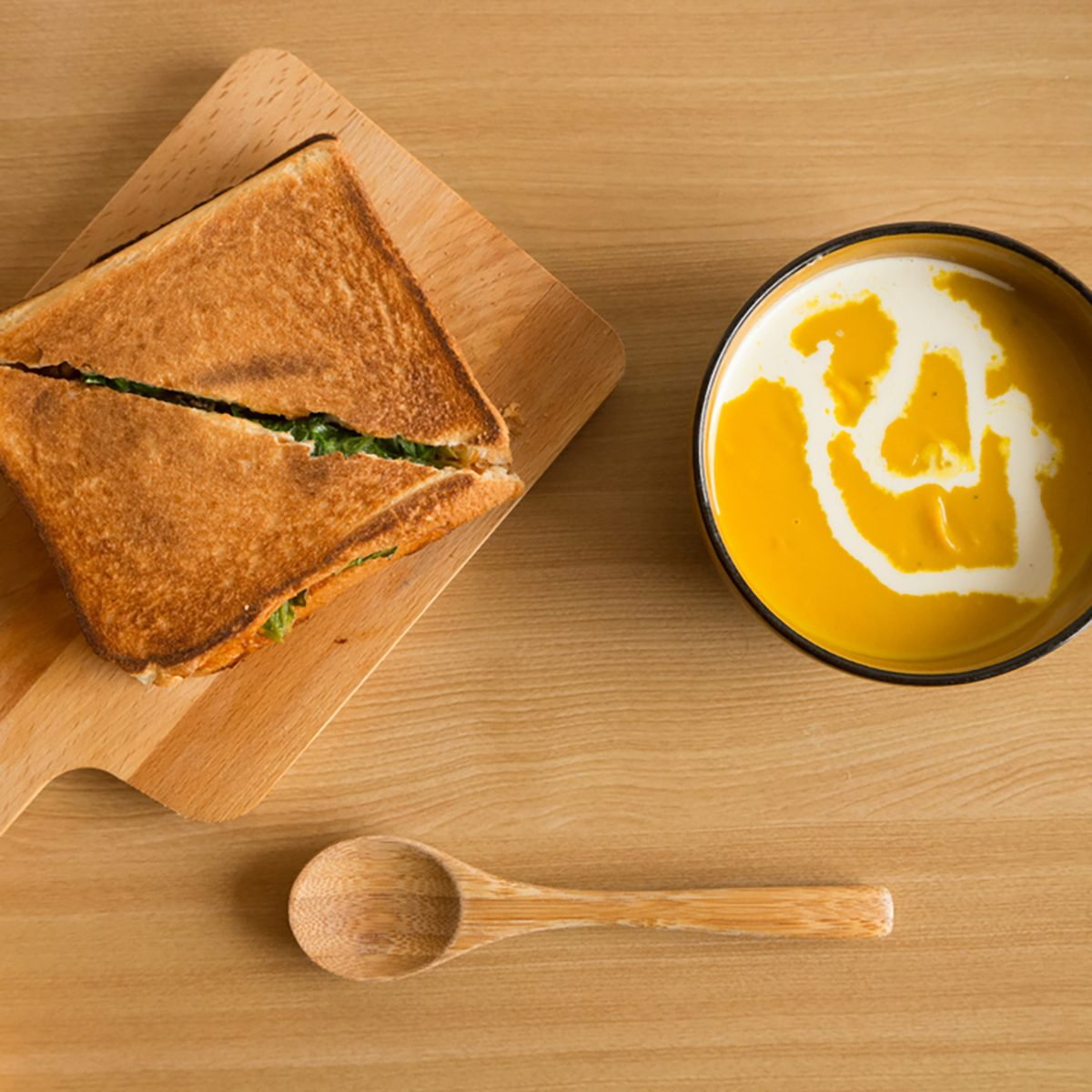 Hot sandwich and potage