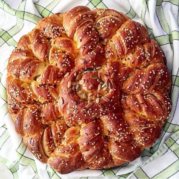 Bulgarian pita bread