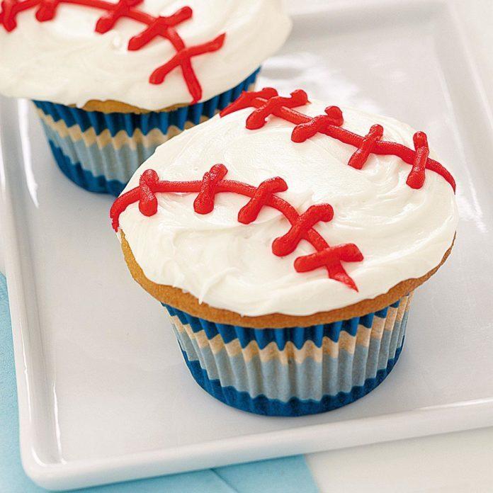 Curveball Cupcakes