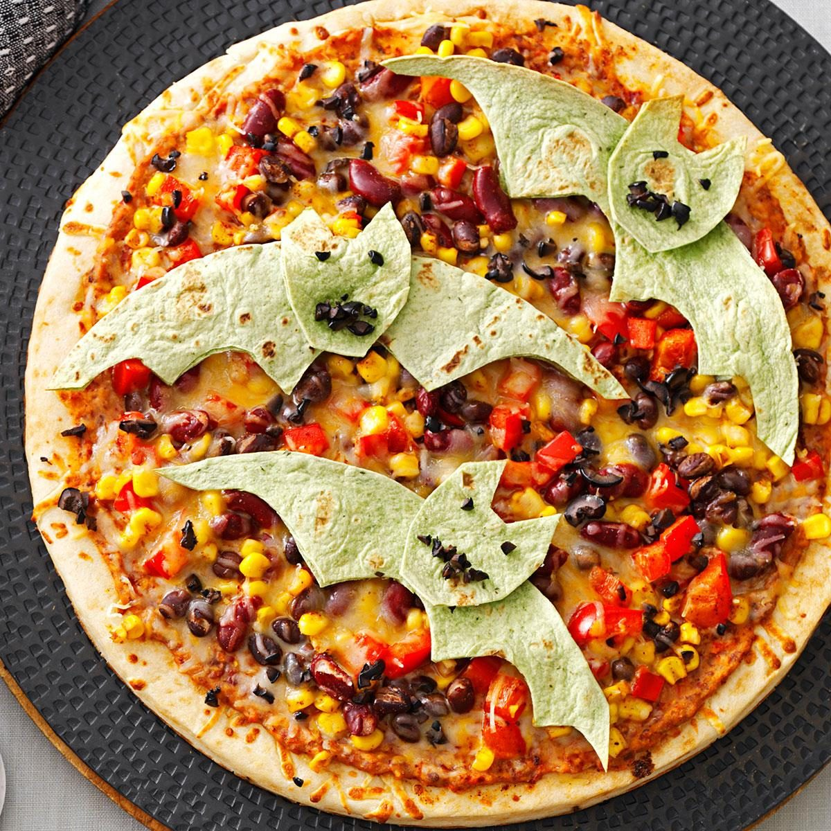 Halloween Dinner Recipes With Pictures.Flying Bat Pizzas