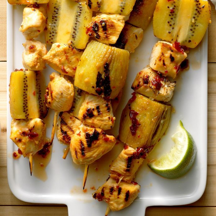 Grilled Kiwi-Chicken Kabobs with Honey-Chipotle Glaze