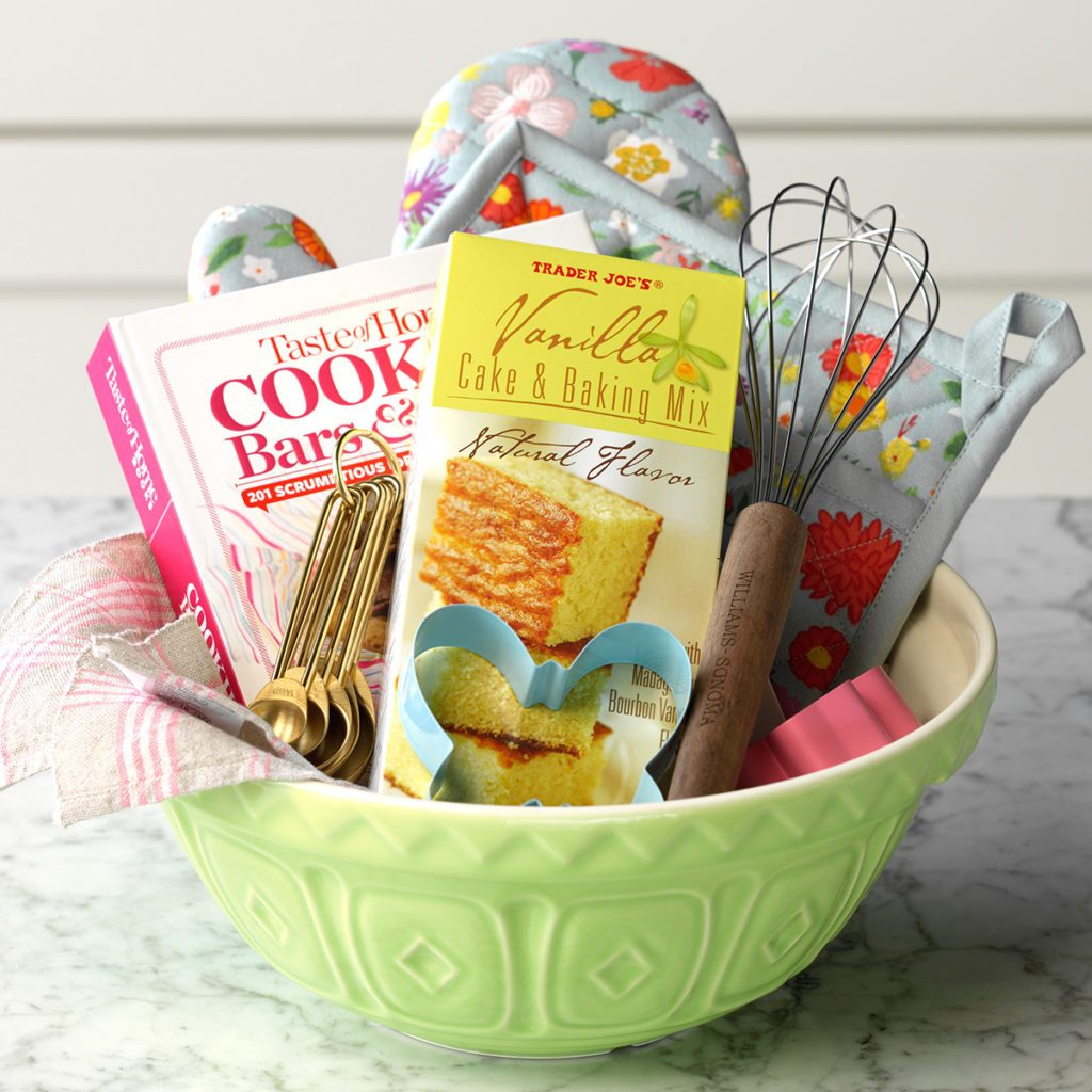 How to Make a Gift Basket for the Baker