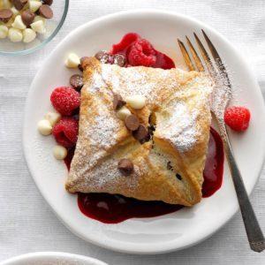 31 Chocolate and Raspberry Desserts We Love