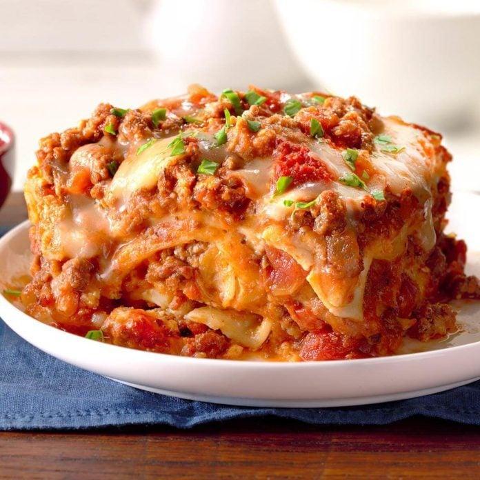 Slow Cooker Sausage Lasagna