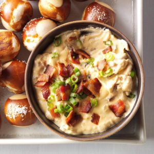 Slow Cooker Cheddar Bacon Beer  Dip