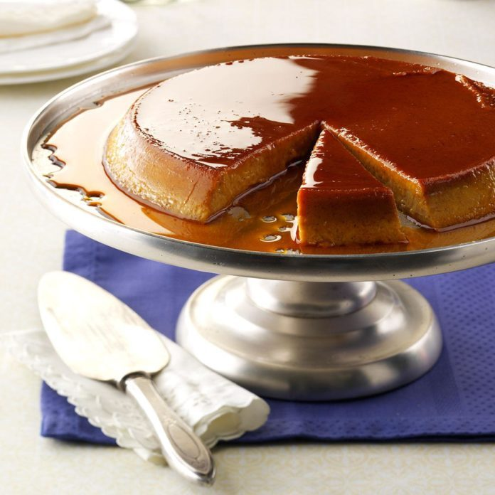 Cinnamon-Spiced Pumpkin Flan