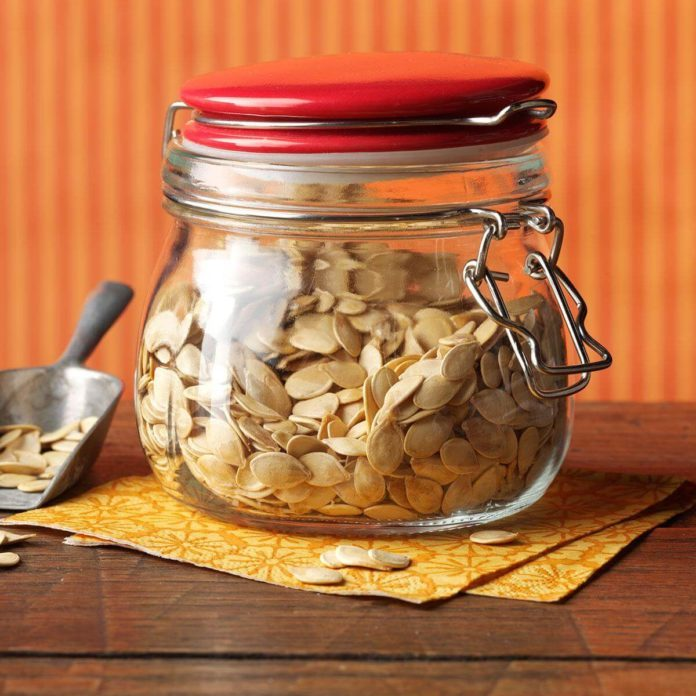 New Hampshire: Roasted Fresh Pumpkin Seeds