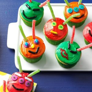 Out-Of-This-World Cupcakes