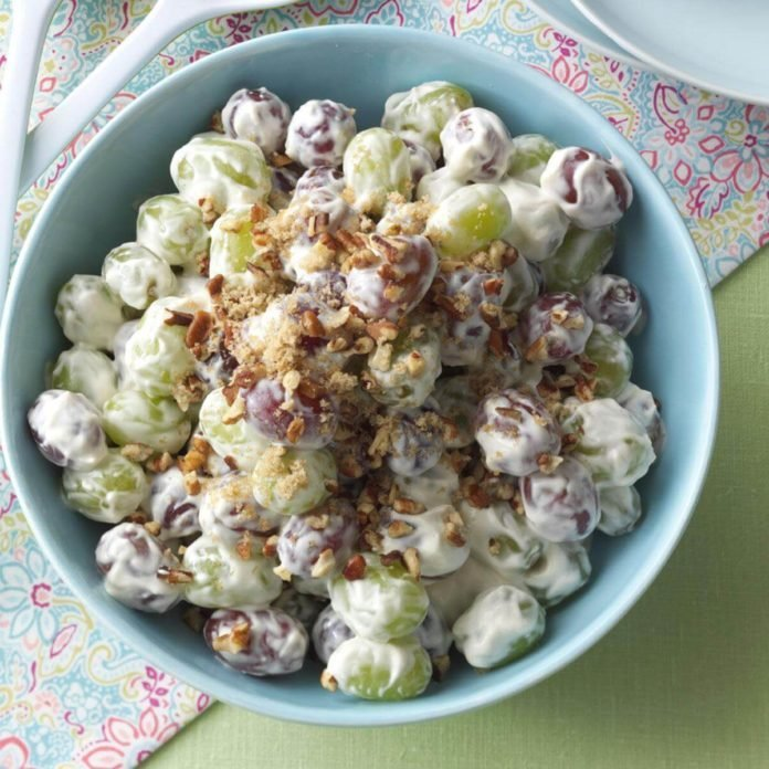 Creamy Grape Salad