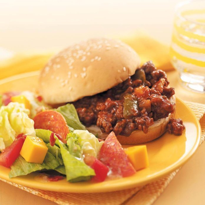Slow-Cooked Sloppy Joes