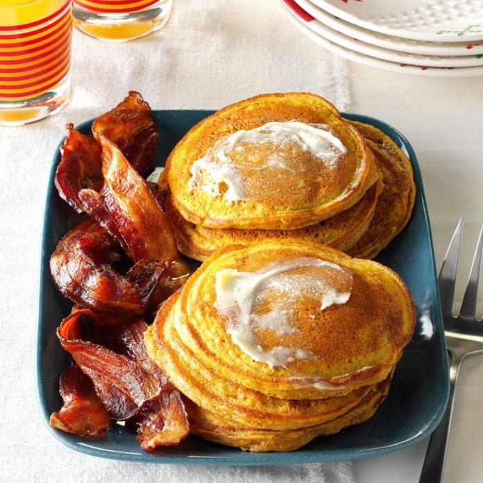 Fluffy Pumpkin Pancakes