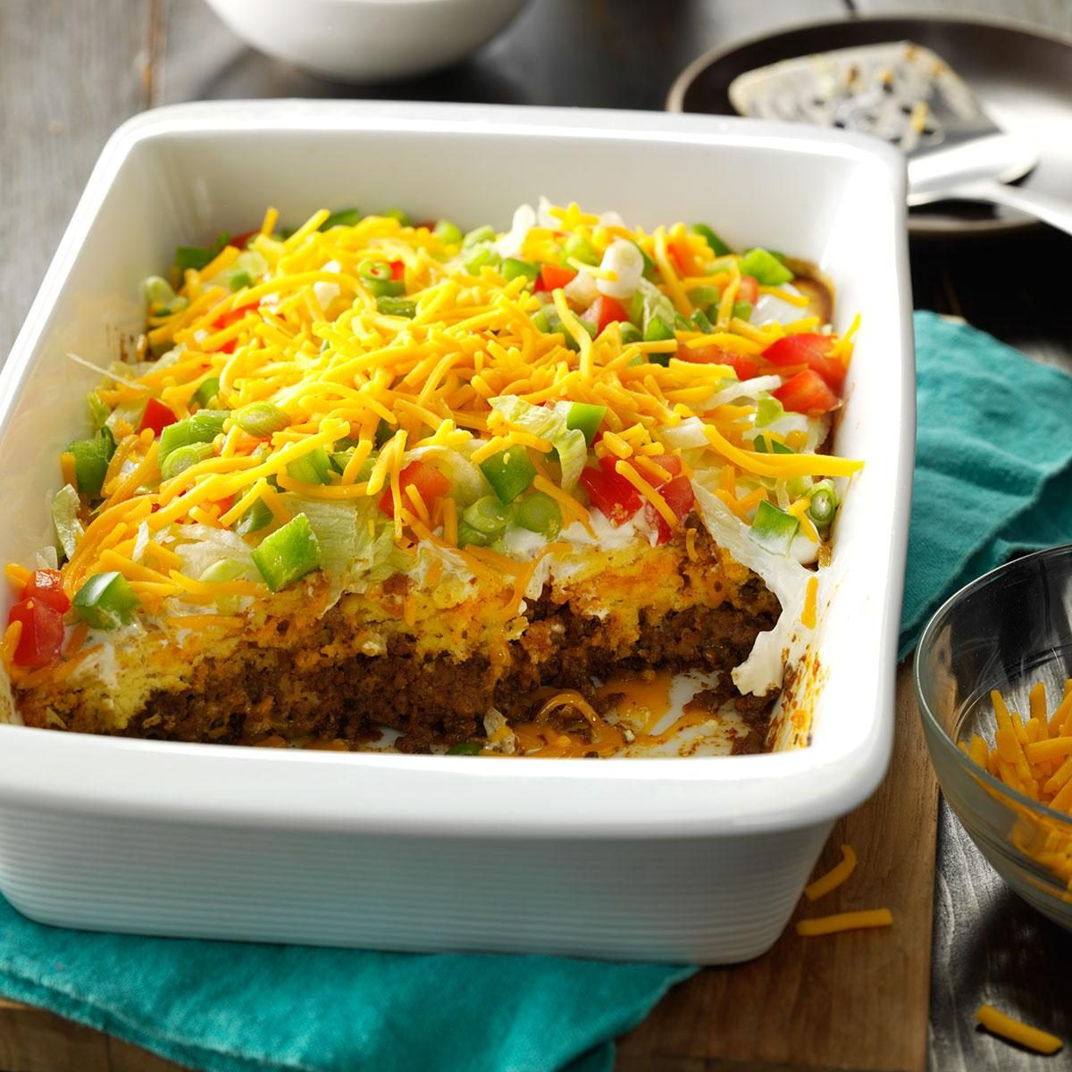 40 Easy Potluck Recipes For Your Graduation Party: Potluck Taco Casserole Recipe