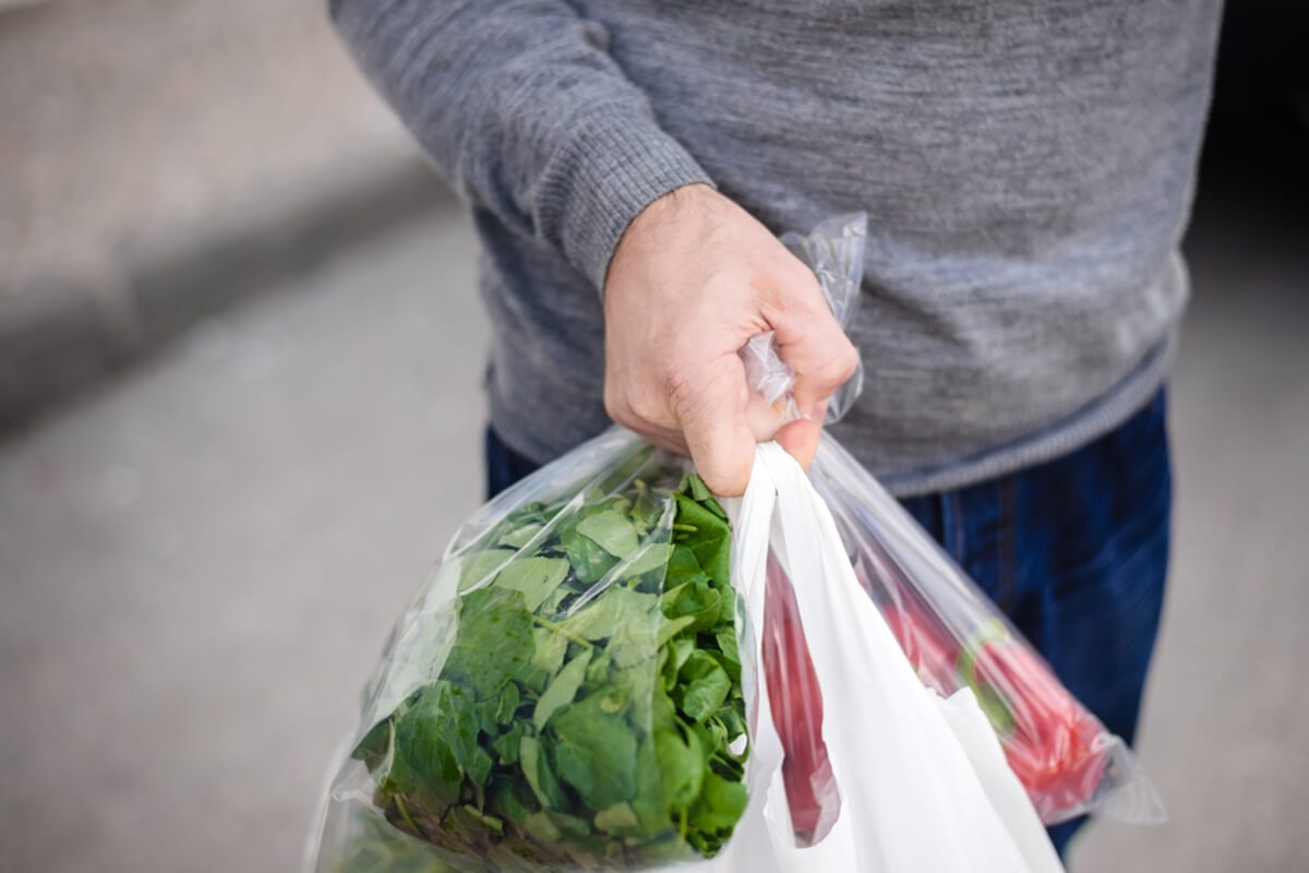 Top Tips for Bagging Your Groceries at the Self-Checkout | Taste of Home