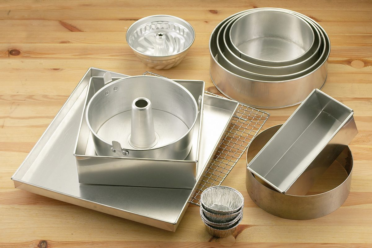 various shape and size container for baking use