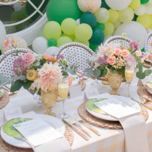 10 Spring Tablescapes to Wow Your Guests