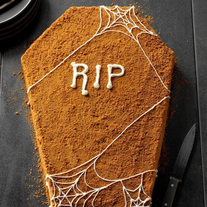 Coffin Pumpkin Cake