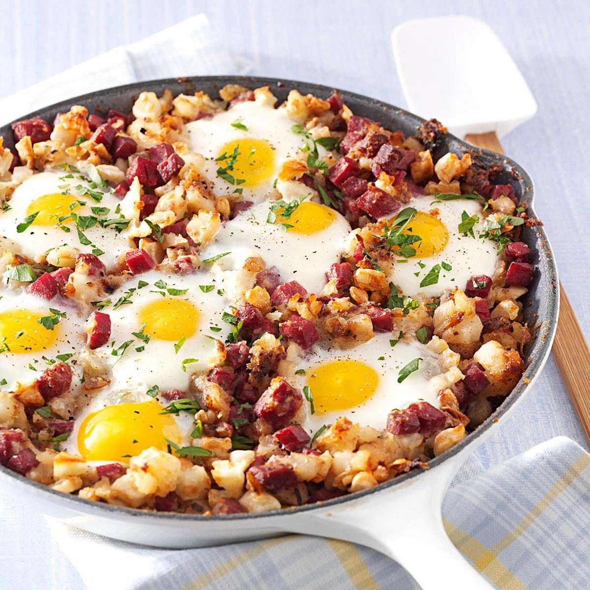 Corned Beef Hash And Eggs Recipe Taste Of Home Watermelon Wallpaper Rainbow Find Free HD for Desktop [freshlhys.tk]