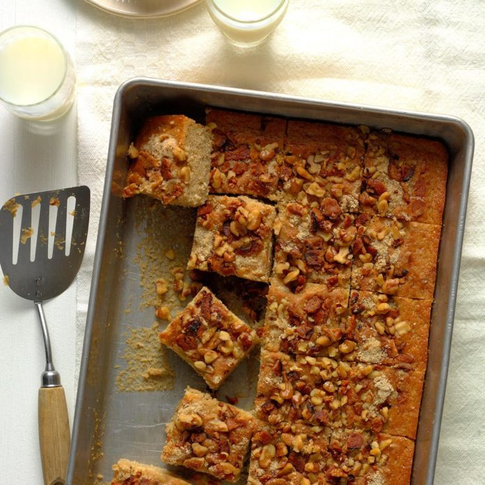 Maple-Walnut Coffee Cake