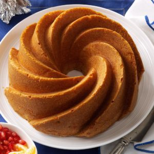 Fluted Lemon Cake with Fresh Fruit