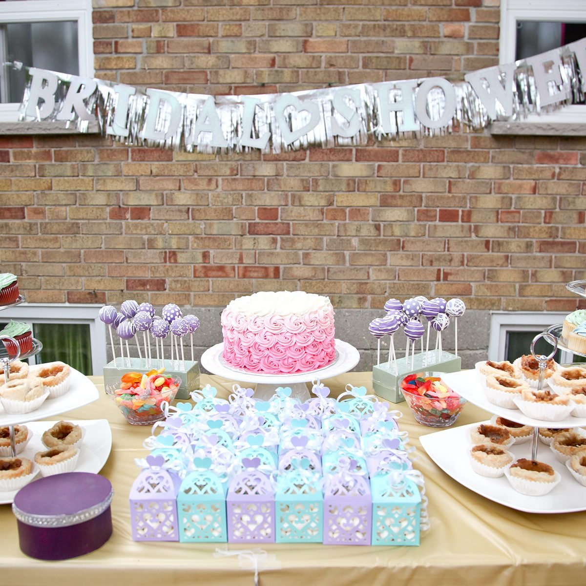 8 Tricks For Throwing A Bridal Shower On A Budget
