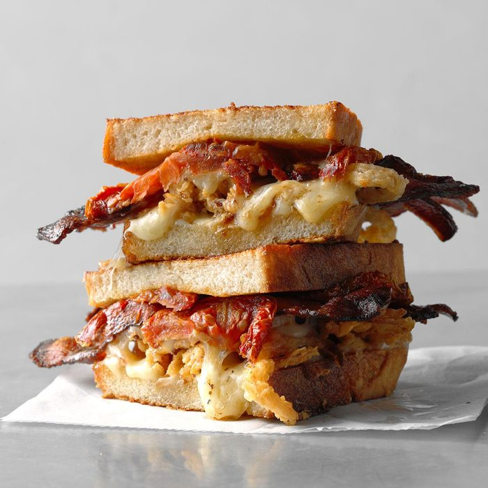 Grilled Cheese Bacon And Oven Dried Tomato Sandwich Exps Thso18 229395 D03 06  6b 8