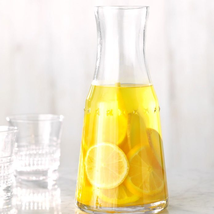 Lemon, Ginger and Turmeric Infused Water