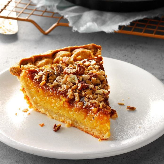 South Carolina: Persimmon Pie