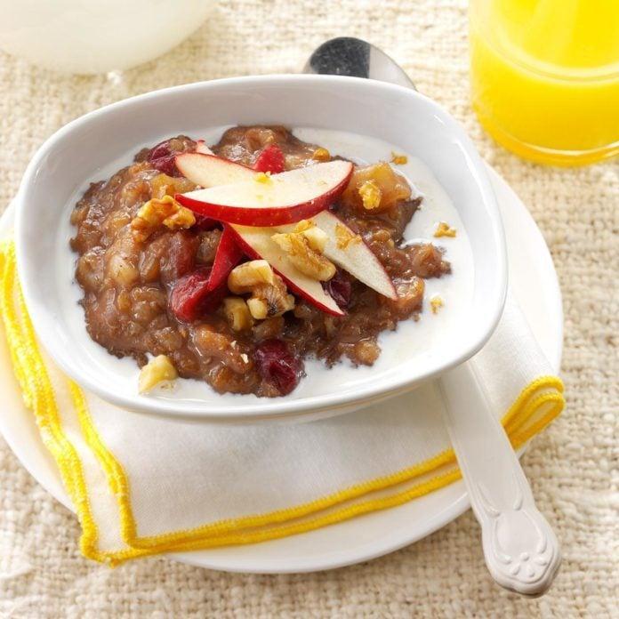 Pressure-Cooker Apple-Cranberry Grains