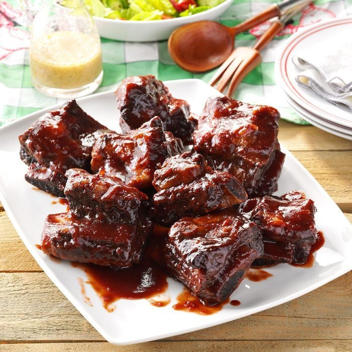 Pressure-Cooker Barbecued Beef Ribs