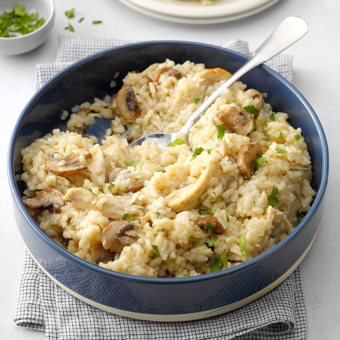 Pressure Cooker Risotto With Chicken And Mushrooms Exps Dai19 206289 B02 13 2b 7