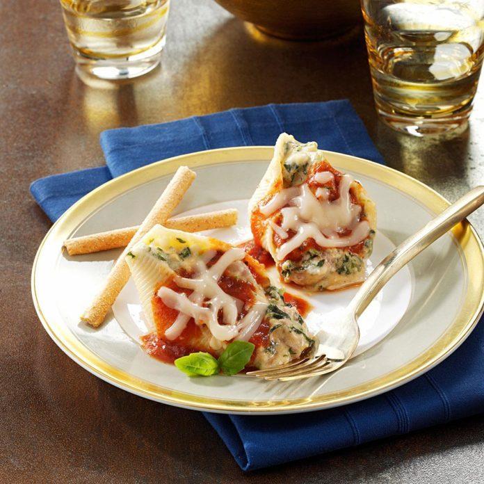 Cheese-Stuffed Shells