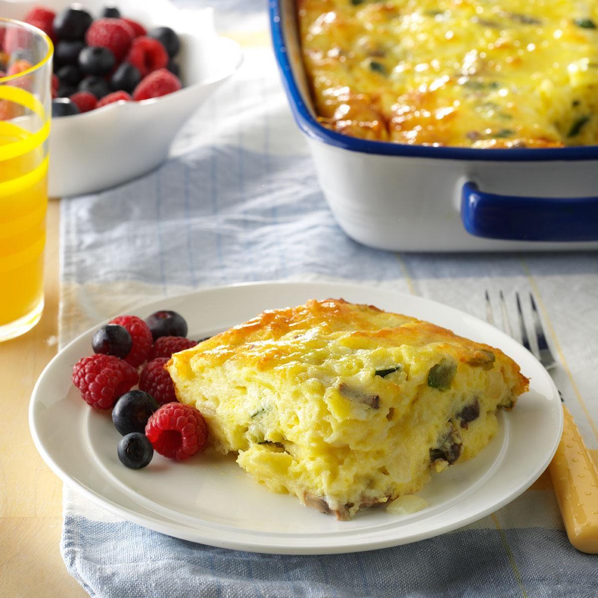 Vegetable Egg Breakfast Casserole: Cheesy Vegetable Egg Dish Recipe