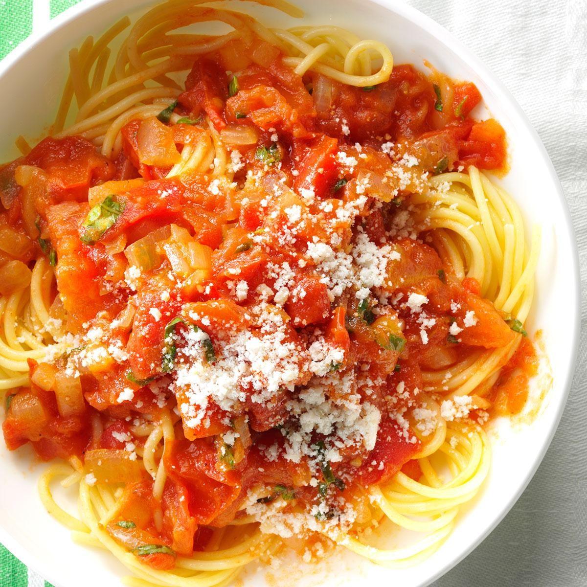 Spaghetti With Fresh Tomato Sauce Recipe Taste Of Home