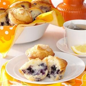 Sour Cream Blueberry Muffins