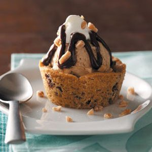 Coffee Ice Cream Cookie Cups
