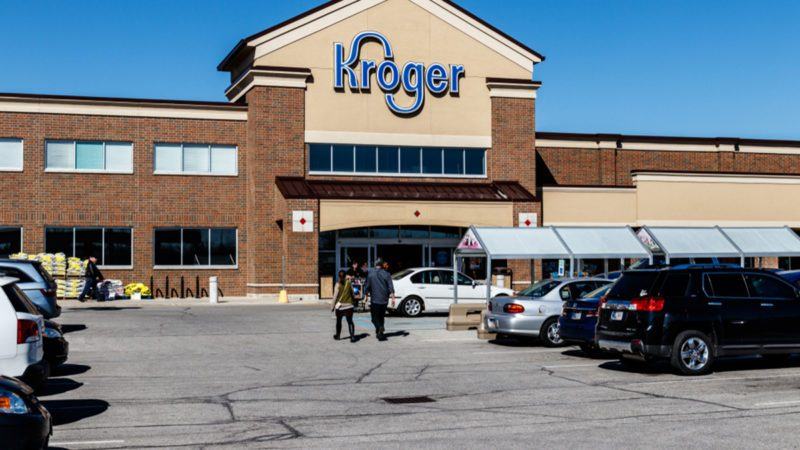 Kroger Will Eliminate Plastic Bags at All Stores by 2025