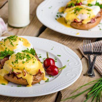 The Secret Technique for Making Easy Eggs Benedict
