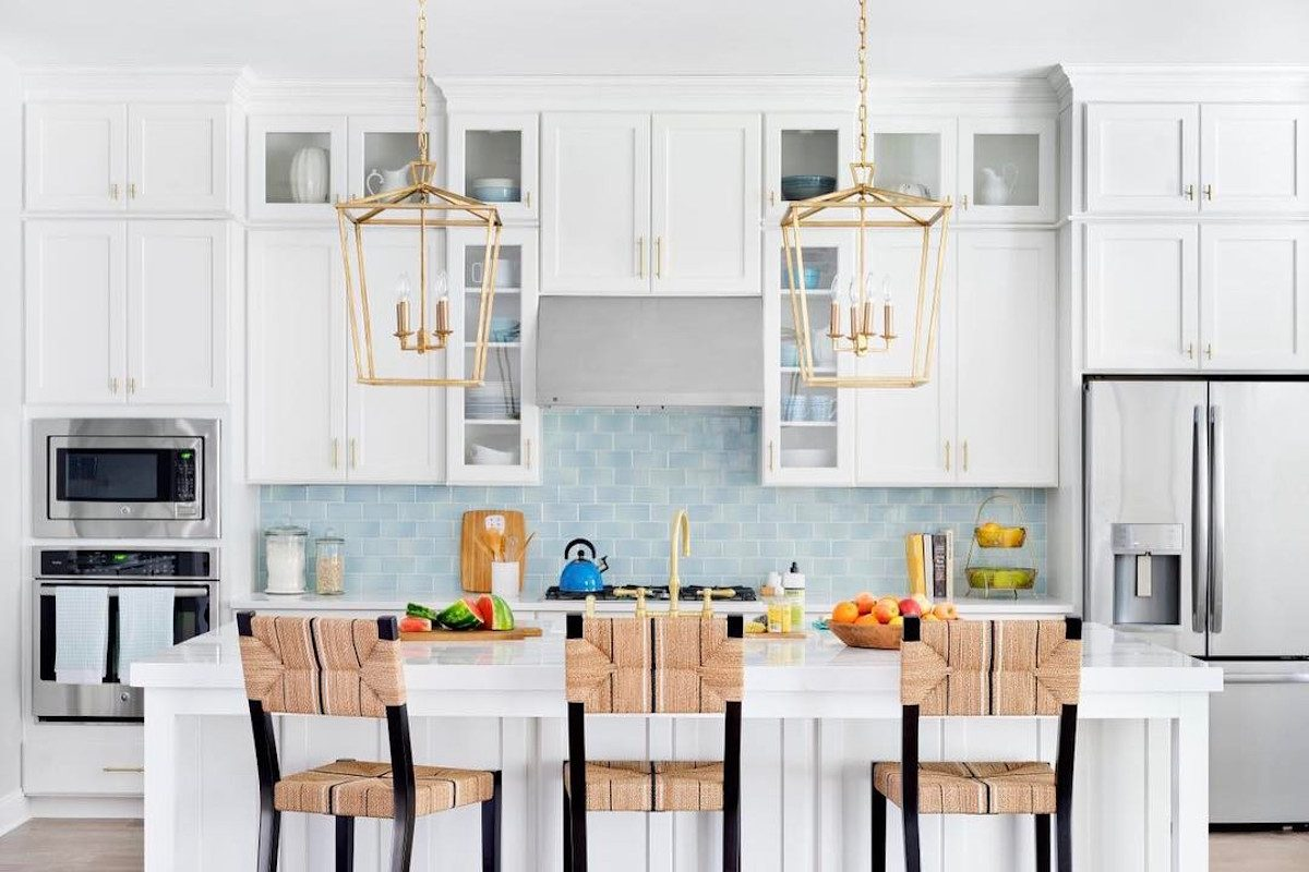 8 Diy Peel And Stick Kitchen Backsplash Ideas Taste Of Home